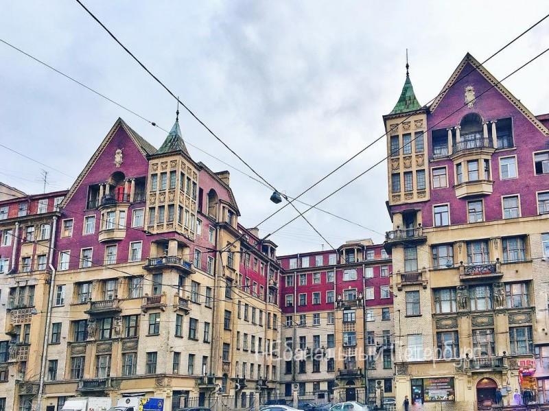 Петербургский модерн. Дворы и парадные