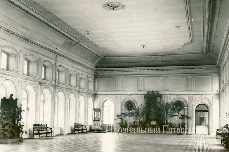 Экскурсия в Смольный дворец