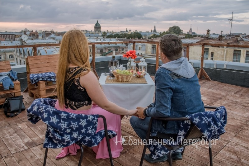 Свидание на крыше с видом на Казанский собор